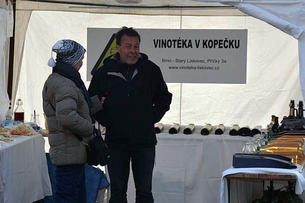 Lískovec - Vinotéka na vánočních trzích 2014